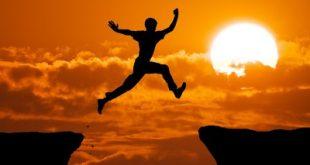 Theo đuổi đam mê, thành công sẽ chạy theo bạn